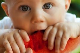 Baby Kind Essen Mahlzeiten